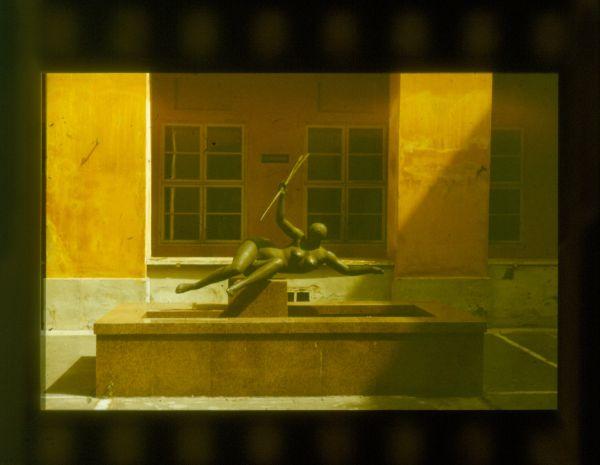 Szolnok, Tisza-szobor - Verseghy Ferenc Könyvtár és Közművelődési Intézmény, CC BY-NC-ND