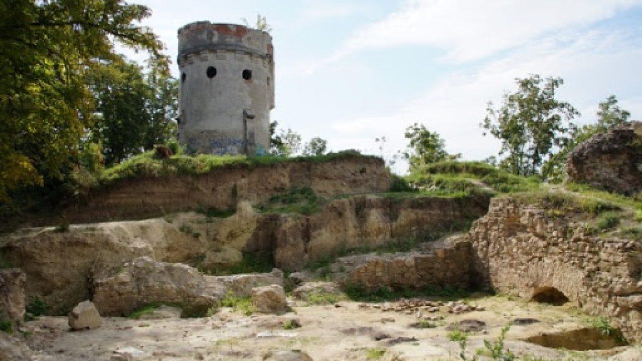 A vár, amit Csák Máté pénzért vett