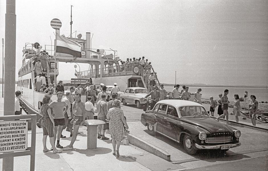 A kompkikötőnél 1968-ban - Fortepan, CC BY-SA