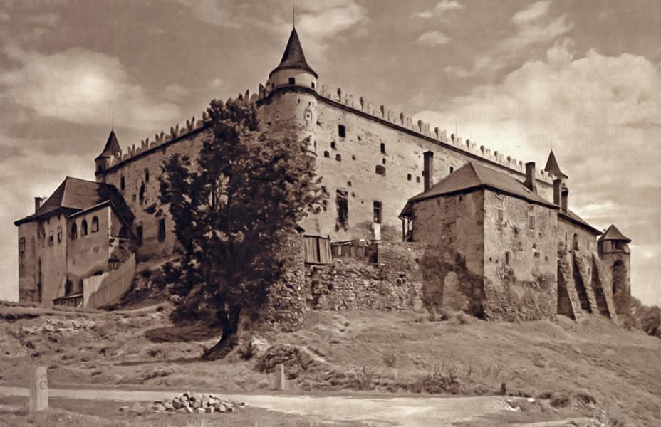 A zólyomi vár látképe a századelőn - Kuny Domokos Múzeum, CC BY