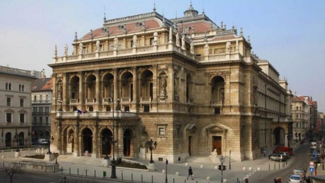 Visszakerültek az Operába az ellopott régi könyvek