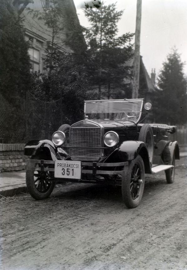 Ford gépjármű - Fortepan, CC BY-SA