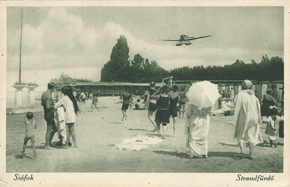 Siófoki strandfürdő (1926) - Balatoni Múzeum, CC BY-NC-ND