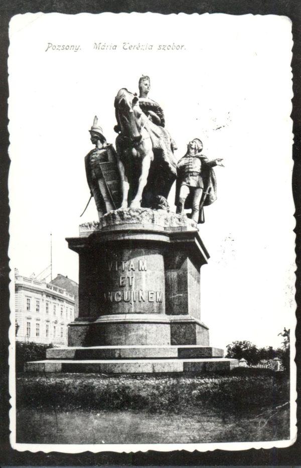 Mária Terézia-emlékmű Pozsonyban - Magyar Kereskedelmi és Vendéglátóipari Múzeum - CC BY-NC-ND