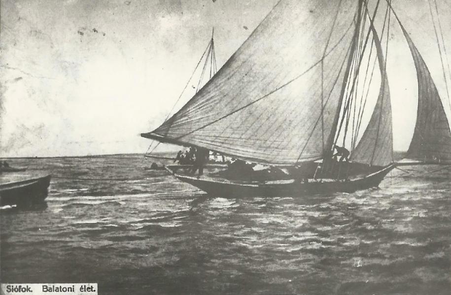 Vitorlás a Balatonon, 1910 körül - MKVM, CC BY-NC-ND