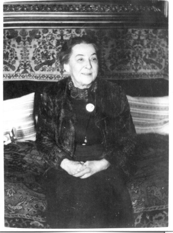 Horváth Irma (Caflisch Jenőné) fényképe, Pécs, 1956 - MKVM, CC BY-NC-ND