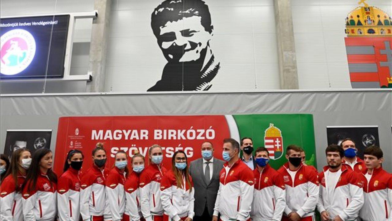 Arcképcsarnok a magyar birkózó olimpiai bajnokoknak