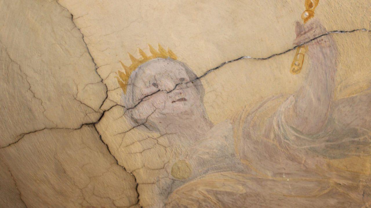 Megújult a püspöki palota mennyezeti freskója