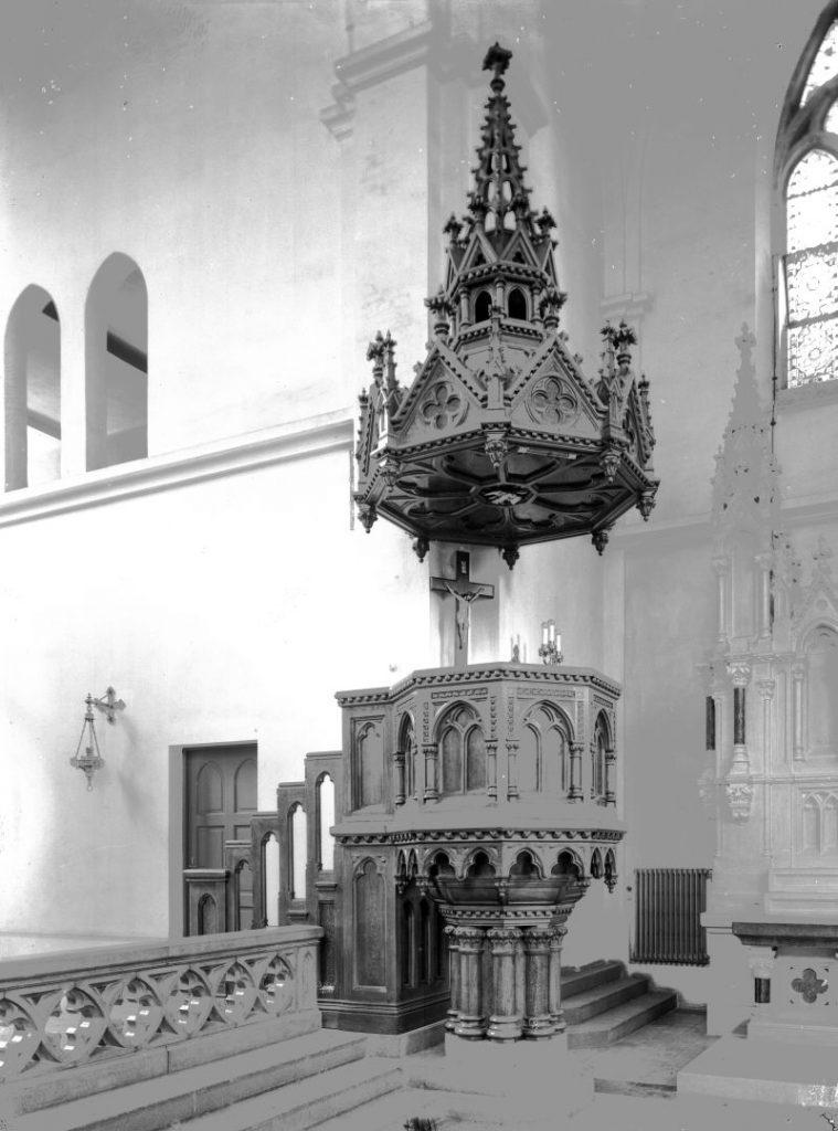 Szent Család templom - Budapest, Terézváros - Magyar Ferences Könyvtár, CC BY