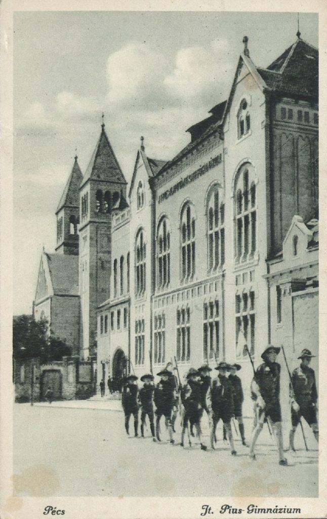 Pécs Pius-gimnázium 1930-ban - Tóth Tibor Endre, PDM