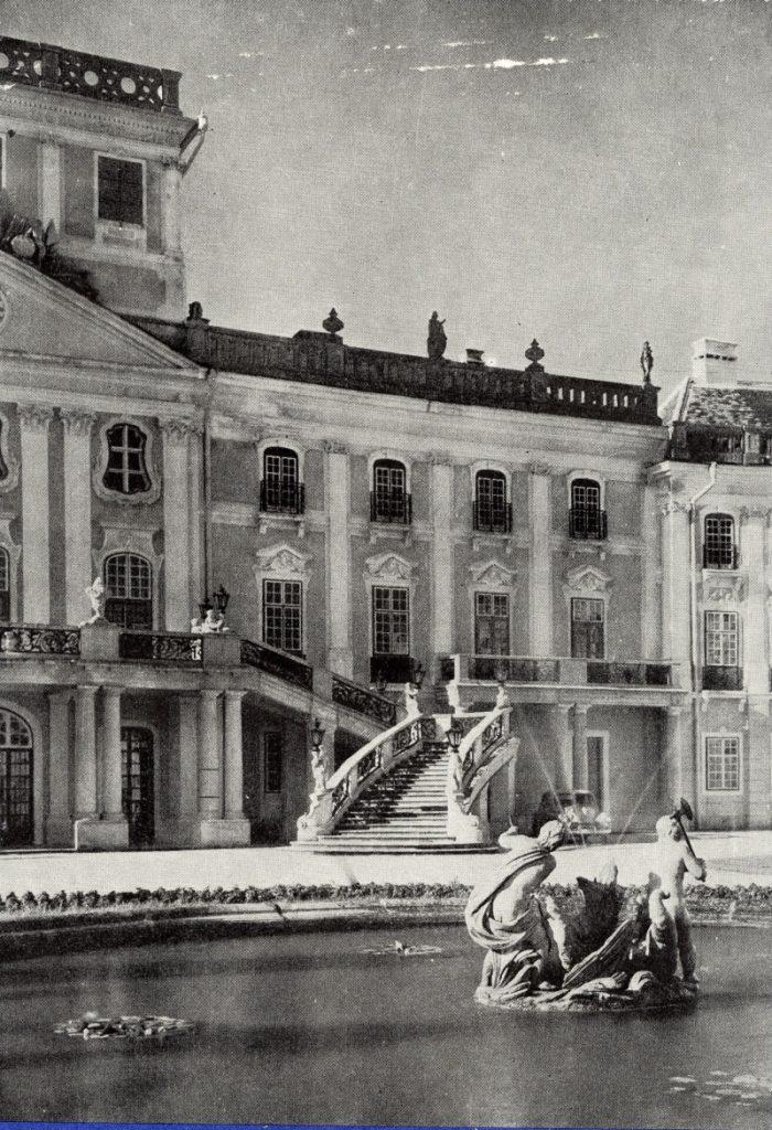 Révhelyi Elemér képei – Fertődi Esterházy-kastély - Kuny Domokos Múzeum, CC BY