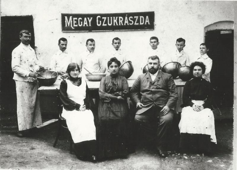 Megay cukrászda személyzete, fénykép - MKVM, CC BY-NC-ND