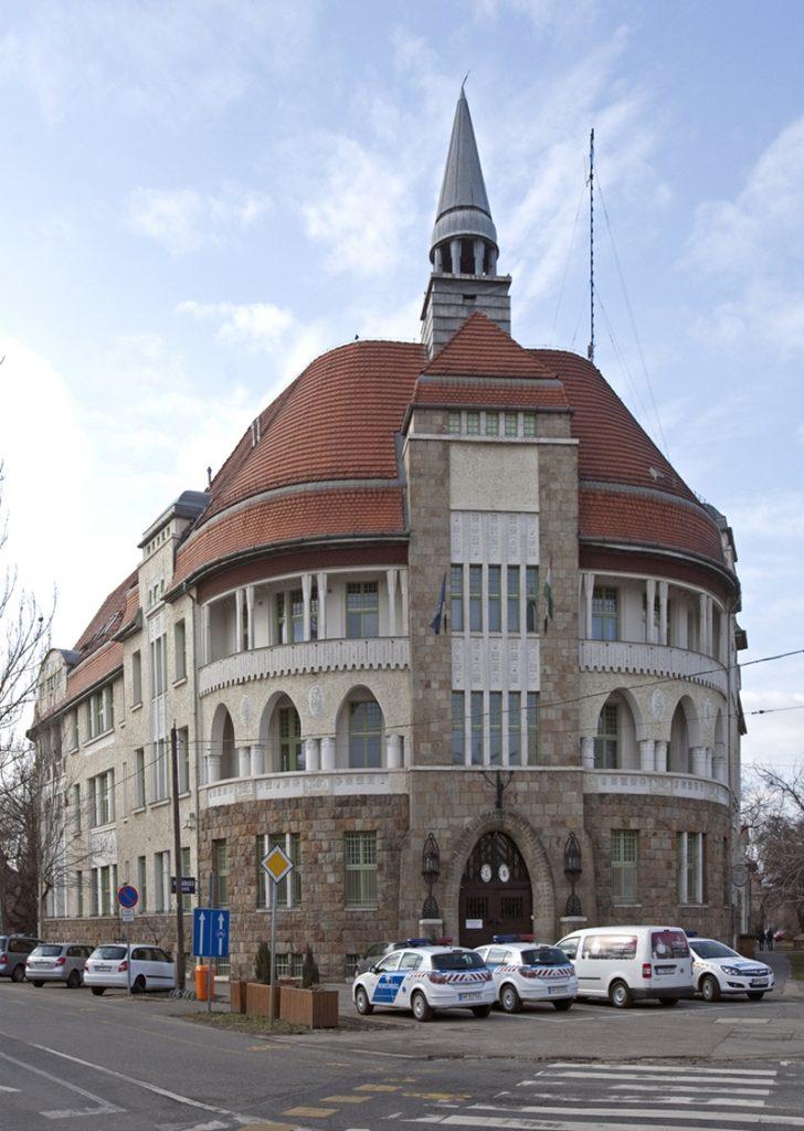 A rendőrség épülete Wekerletelepen - Magyar Nemzeti Digitális Archívum és Filmintézet, CC BY-NC-ND