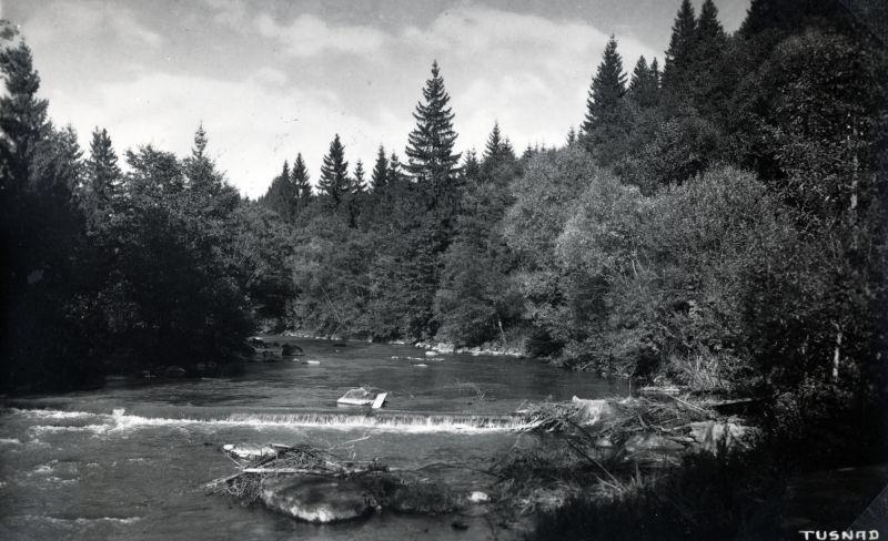 Hídelemek az Olt folyóban Tusnádfürdőn - Fortepan, CC BY-SA